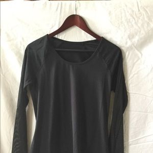 "Fabletics NWT, M, ""Helena L/S top"", perfor,, 5/$60"